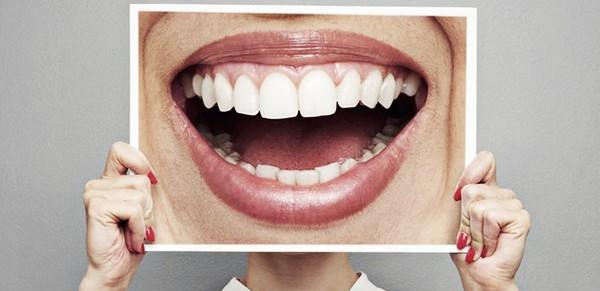 Cirugía bucal y periodoncia. Hit Dental